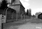 Why is it worth to take a tour do Auschwitz?